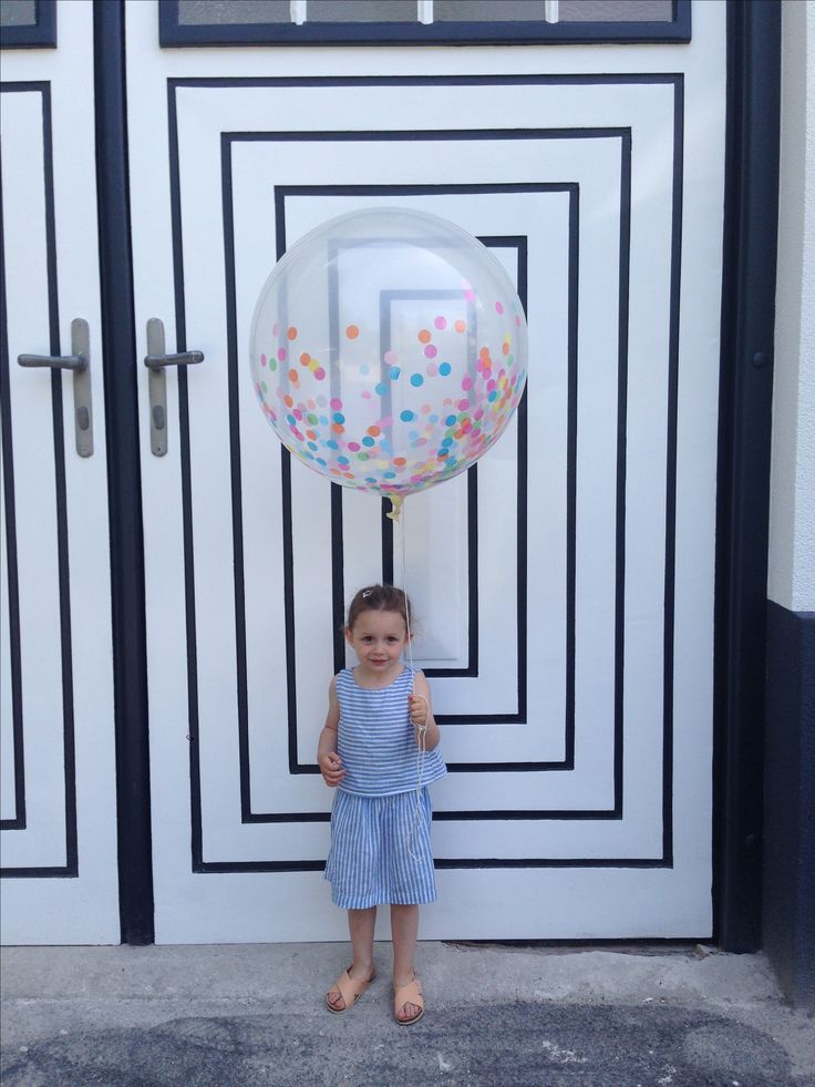 Knot&Bow Confetti Balloon