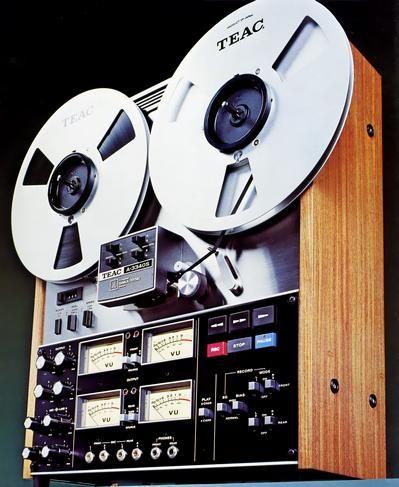 TEAC 3340S magnétophone - www.remix-numerisation.fr - Rendez vos souvenirs durables ! - Sauvegarde - Transfert - Copie - Restauration de bande magnétique Audio