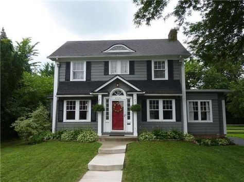 Colonial dark gray house white trim for White house with grey trim