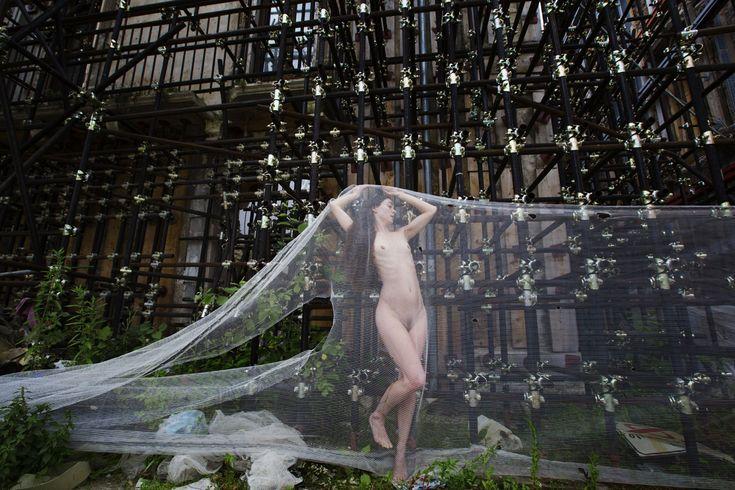 Pressoché IGNUDA - progetto fotografico di Paolo Porto http://www.pressocheignuda.it/