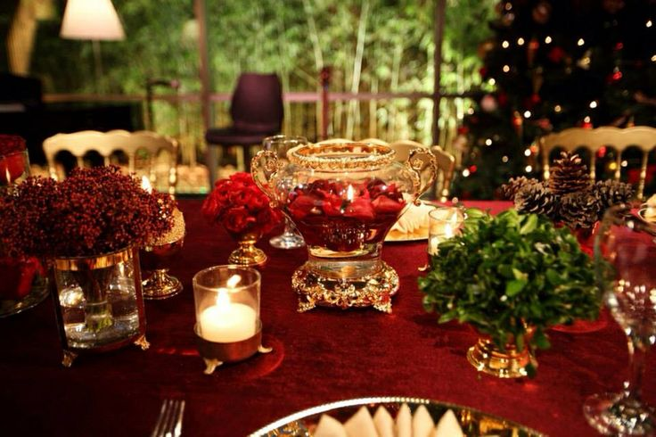 Flowers for new year tables by KM Events