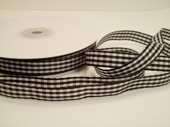 gingham ribbon, for wrapping my gifts, $2.00Doityourself Gift, Gift Ideas, Diy Gift, Gingham Ribbons, Gift Wraps, Handmade Gifts, Wraps Gift, Ribbons Gift, Gift Diy