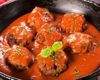 Boulettes de bœuf légères, tomate, ciboulette et son d'avoine