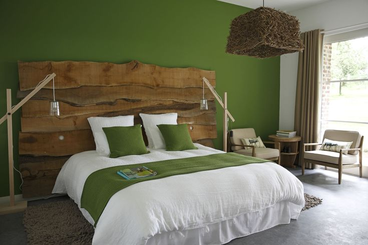 paredes pintadas en color verde vegetal, greenery
