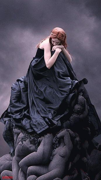 """Post  #: """"Minha força está na solidão. Não tenho medo nem d..."""