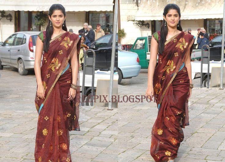 deeksha seth sizzling in a printed designer saree