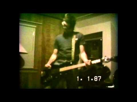Nirvana rehearsal krist novoselic 39 s mother 39 s house for House music 1990 hits