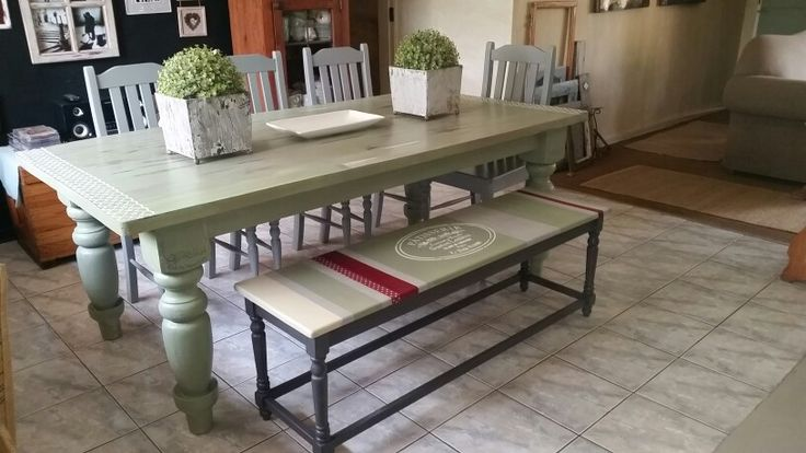 Dining table - chabby chic
