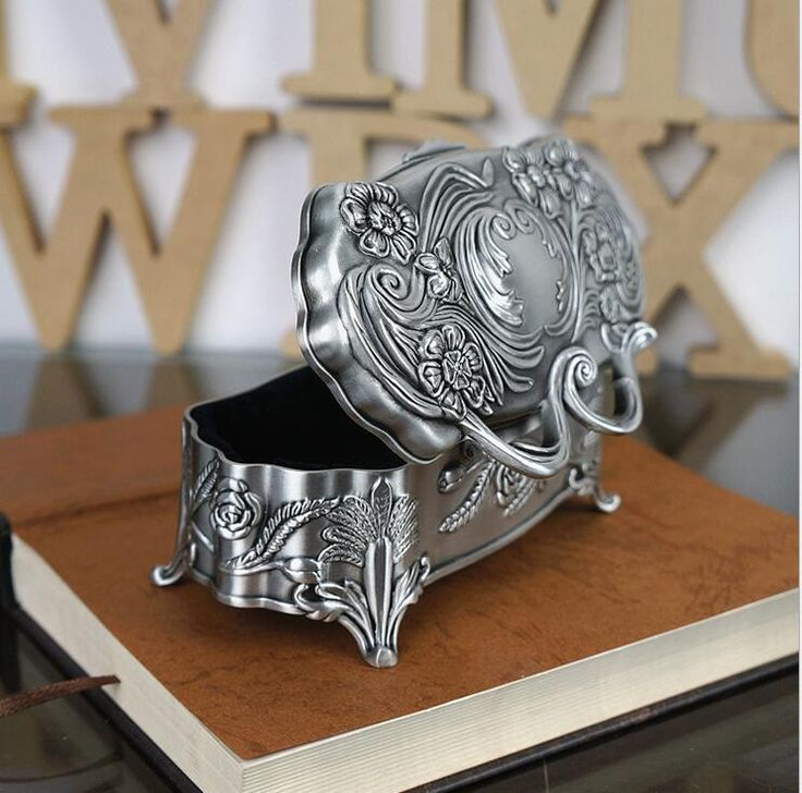 2015 exquisitely carving metal wedding Jewellery Boxes Princess jewelry case fashion jewelry boxes gift box wholesale