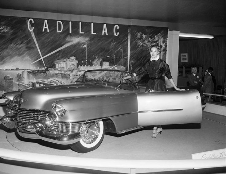 Los Angeles Motorama, 1953 Car dealers Cadillac
