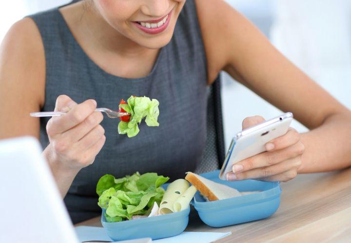 Eating Between Meetings