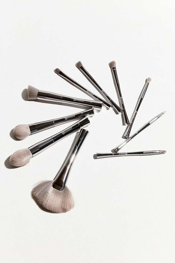 Shop bh cosmetics Smoke 'N Mirrors 10 Piece Metalized Brush Set at Urban Outfitters today. We carry all the latest styles, colors and brands for you to choose from right here.