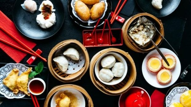 Trolleys + steamers + chopsticks = fun. Chef Dan Hong shares his tips for dim sum.