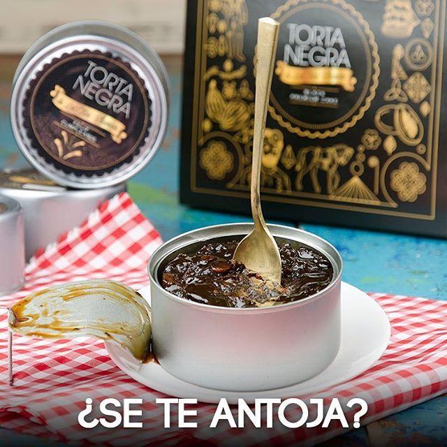 Siente el placer de cada momento y lame la cuchara. Llámanos al 2663850 y pide una #TortaNegra cuando quieras  #SoyLaTíaBlanca  #BizcochoNegro #MadeWithLove #Bizcocho #Yummy #InstaFood#Instagood #Gift  #Biscuit #Sweet #Dulce #Food #TortaNegraDeLaTíaBlanca #Regalos #Tortas#Dulces #Manjares