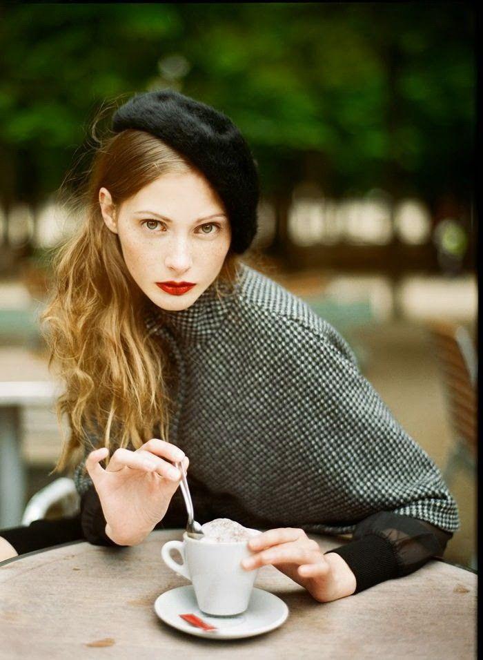 Parisian Chic Street Style - Dress Like A French Woman (1)                                                                                                                                                                                 More