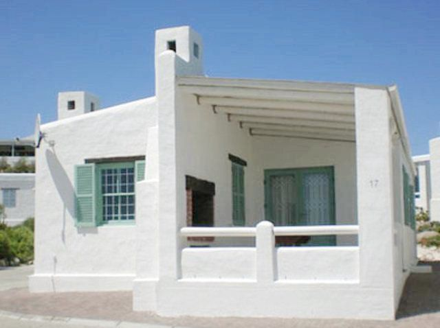 Perlemoen - Perlemoen is a beautiful little cottage situated in Paternoster, a quaint and picturesque fishing village about 145 km from Cape Town and 15 km northwest of Vredenburg.  The cottage consists of three bedrooms, ... #weekendgetaways #paternoster #southafrica