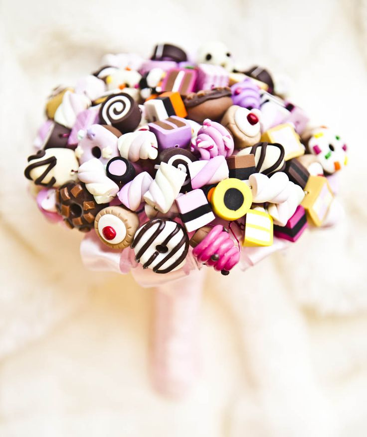 Diamonds and Daisies - awesome fimo sweety bouquet