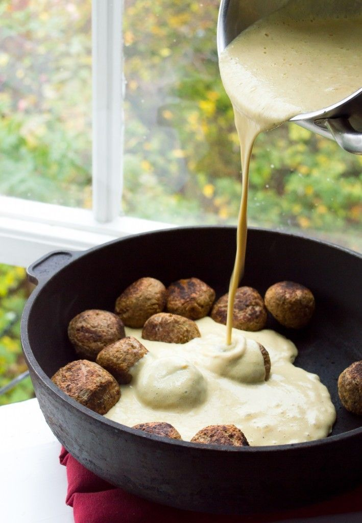 Vegan Swedish Meatballs with Gravy | completely vegan, gluten- and oil-free. ALL OVER THE WORLD