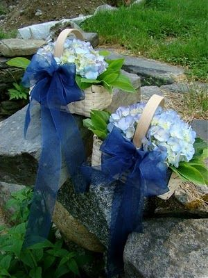LOVE this flower girl basket!