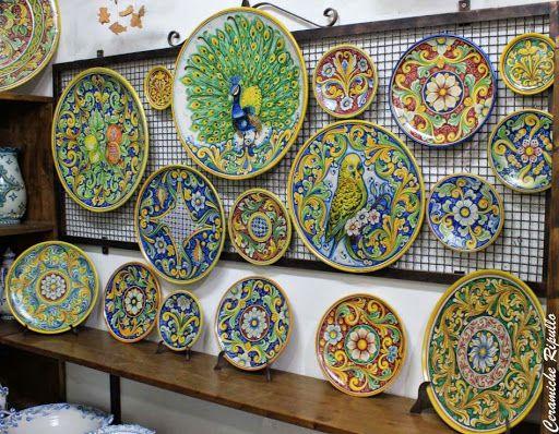 Piatti Ornamentali in ceramica www.ceramicheripullo.com Ceramiche Ripullo