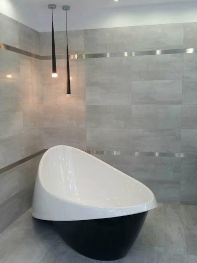 Mamorin Goccia  Élmény a fürdőszobában, a Marmorin Goccia termékcsaláddal... Kád és mosdó, az összhang pedig garantált! ;)   www.marmorin.hu  #design #interior #home #decor #architecture #style #white #light #bathroom #colorful #homedesign #amazing #beautiful #today #photooftheday #instagood #marmorin  #minimal #perspective #pattern #life #otthon #lakberendezes #kenyelem  #furdo #mosdo #ontott_marvany #marvany