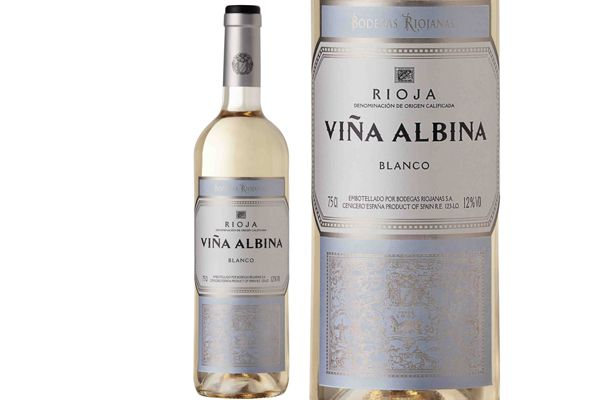 Bodegas Riojanas presenta al mercado un nuevo vino blanco de alta calidad bajo su histórica marca Viña Albina, una de las más emblemáticas de la D.O.Ca. Rioja. Muy representativa de los reservas clásicos, fue la primera marca de la bodega, ya que Albina era el nombre de la mujer de uno de sus fundadores. Cuando se cumple el 125 aniversario de aquella fundación, la bodega incorpora este selecto blanco a la prestigiosa gama de vinos que comercializa con la marca Viña Albina. La personalidad y…