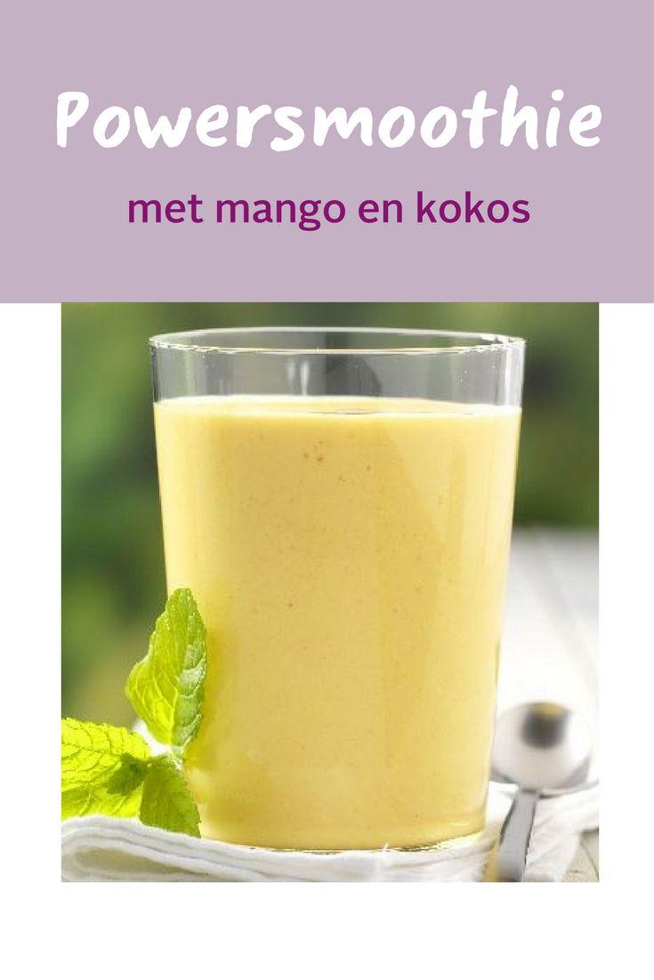 Gezonde smoothie met mango en kokos