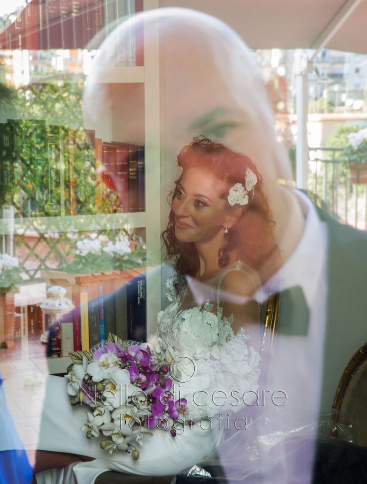 #Reflection between #bride and #groom!  #nellodicesarephotographer #wedding #photographer #reflex