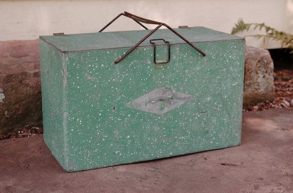 Green Galvanized Metal Ice Chest Vintage by CobblestonesVintage