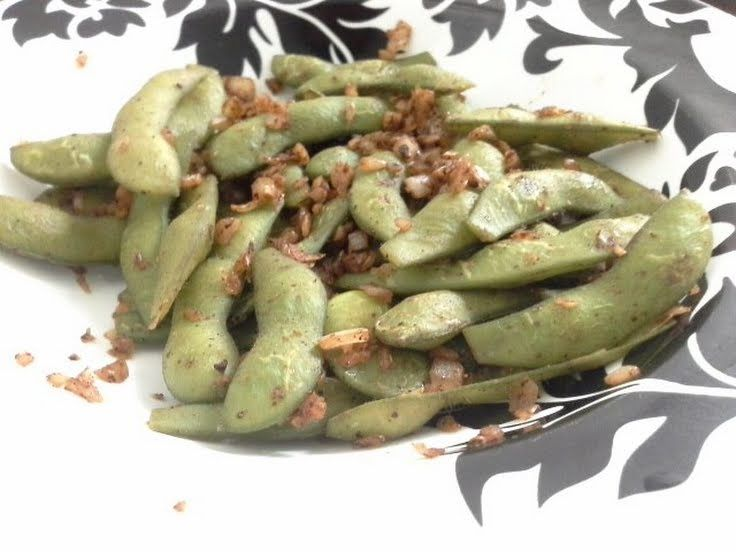 """Spicy Garlic Edamame! """"Its more delicious whe its more spicy and salty""""  @allthecooks #recipe"""