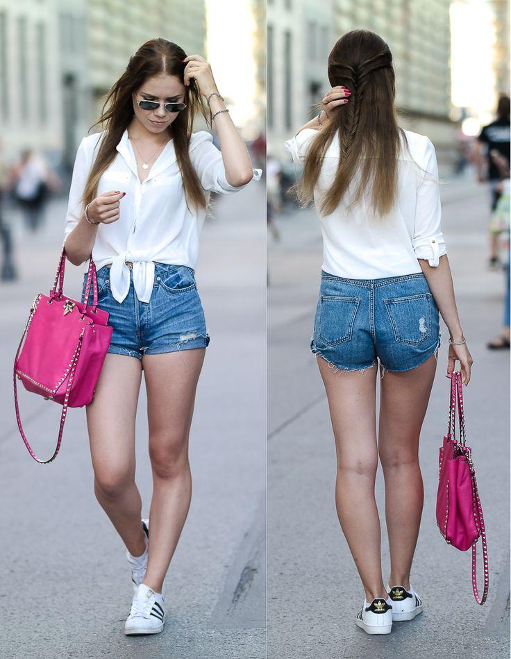 #munich #streetstyle #germany #valentino #bag #Jean #Short #white #Blouse #rayban #sunglasses