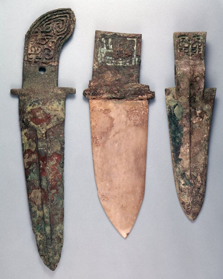 China - Shang Dynasty daggers
