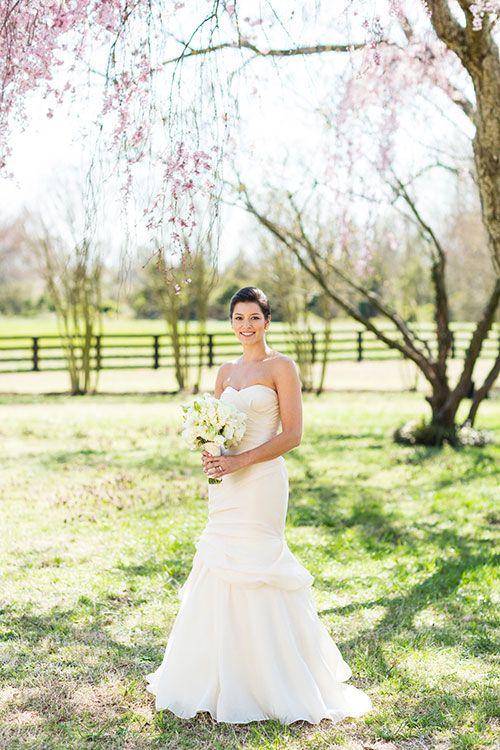 A simple, gorgeous bridal portrait | Brides.com