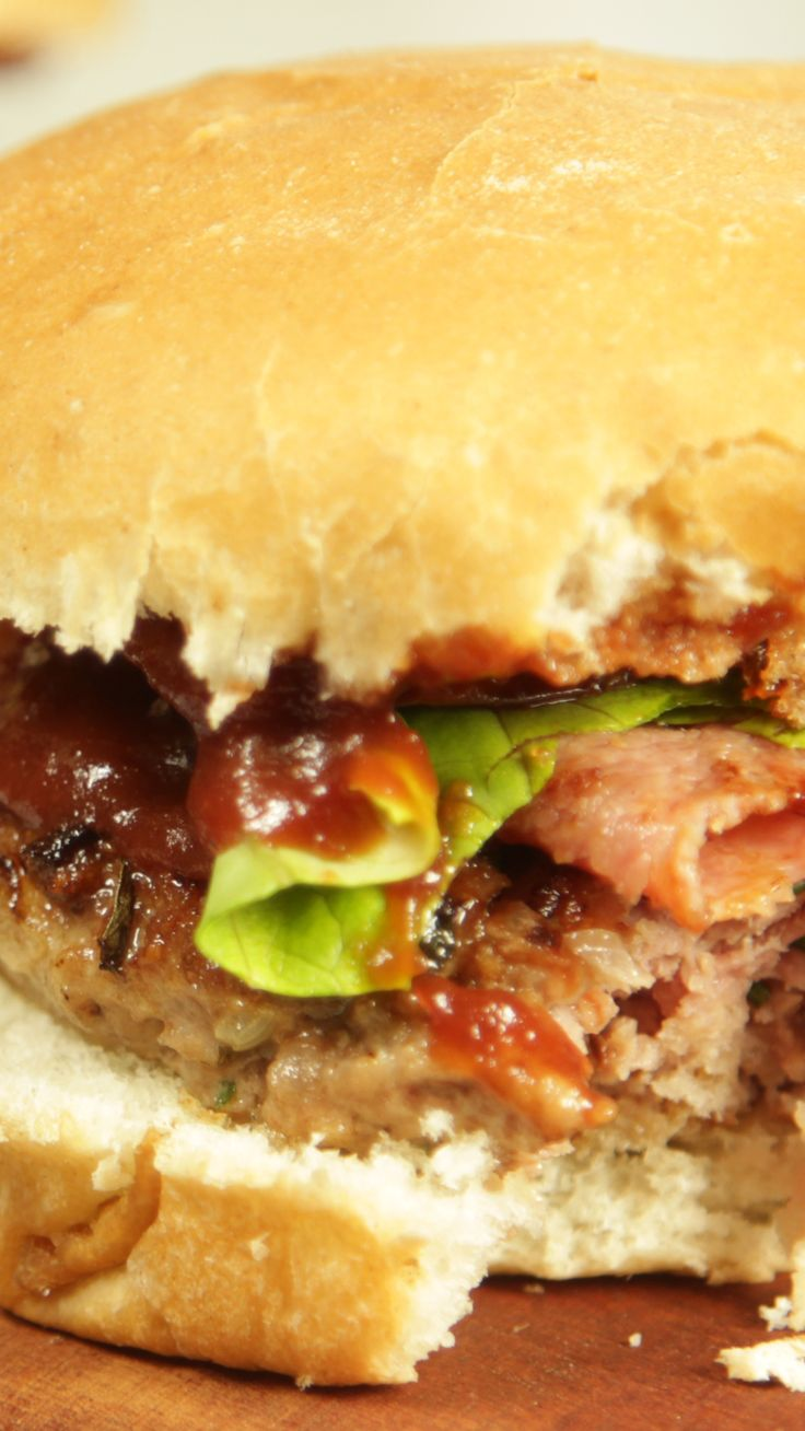¡Completita! Diner Menu, Vegan Junk Food, Vegan Sushi, Vegan Baby, Slider Recipes, Vegan Smoothies, Vegan Kitchen, Asian Cooking, Vegan Sweets
