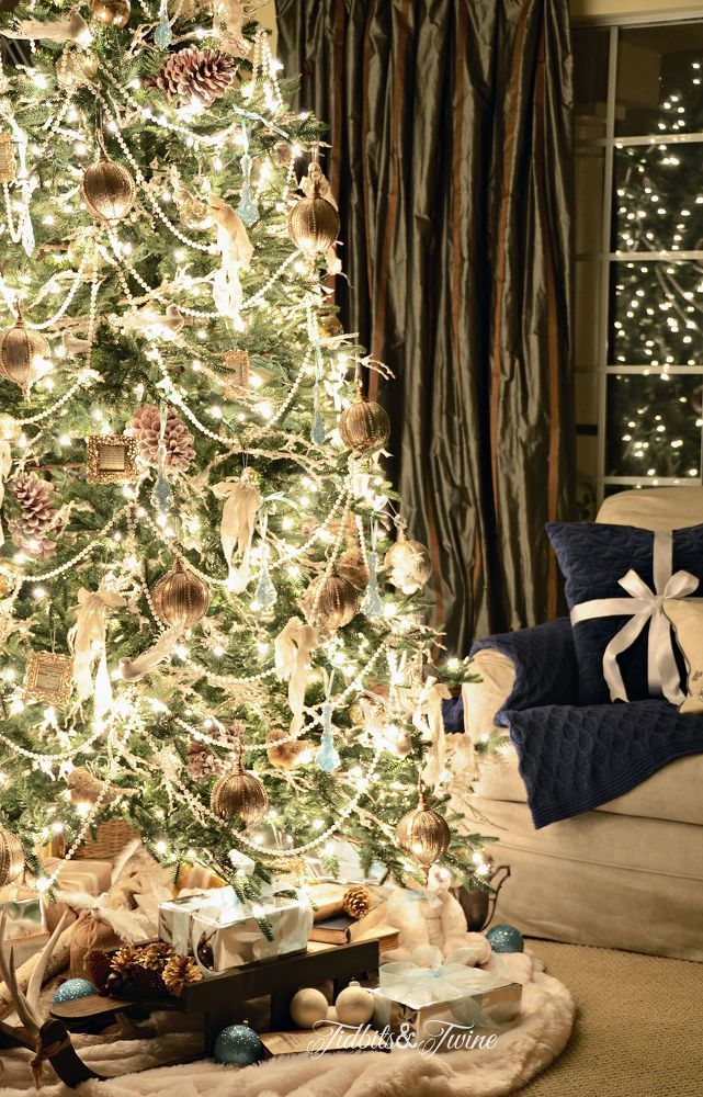 56 best decorated christmas trees images on pinterest christmas trees xmas trees and merry. Black Bedroom Furniture Sets. Home Design Ideas