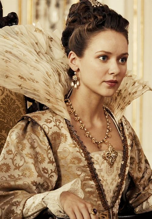 Queen Anne (1x07) Musketeers BBC. Love the costumes in this show!