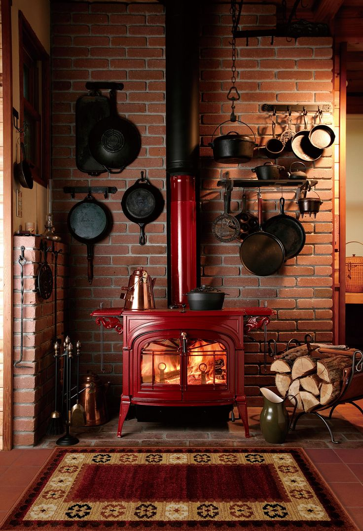 Encore cast-iron woodstove from Vermont Castings w…
