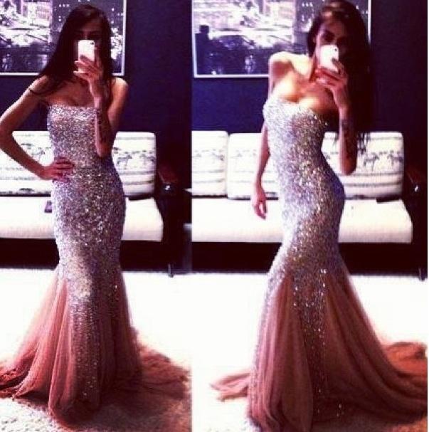 Beautiful dress. Prom???