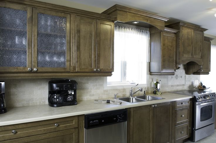 Armoires Comptoirs Lasalle  Armoires de cuisine bois brun  Kitchen Cabinets brown wood