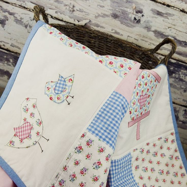 Little birds patchwork cot bed quilt