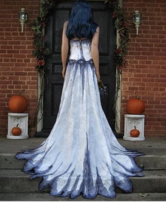 Best 25+ Halloween Wedding Gown Ideas On Pinterest