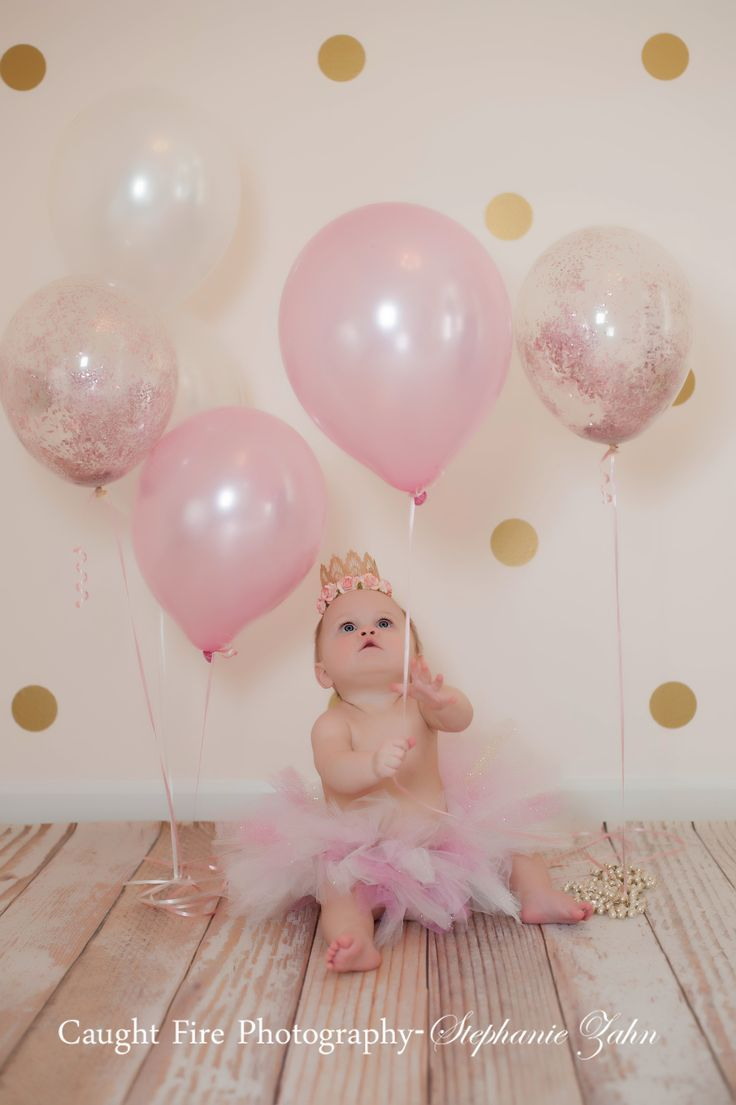 First birthday pictures. Pink And gold first birthday