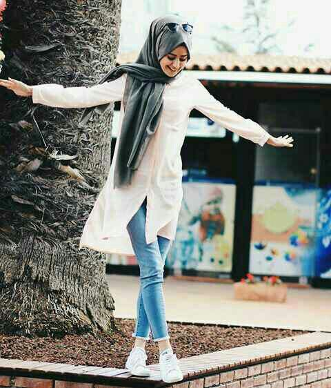 White buttoned shirt, grey hijab and jeans - check out: Esma <3
