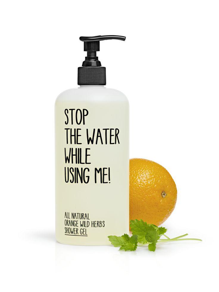 ALL NATURAL ORANGE WILD HERBS GEL Mit seinen hochwertigen Ölen aus handgepflückten Orangen revitalisiert das Gel spürbar Seele und Körper. Zitronenmelisse und Gewürznelken regen die Eigenaktivität der Haut an. Gleichmäßig verteilt, reinigt dieser eingefangene Sonnenschein tiefenwirksam und spendet natürliche Frische. So beginnt jeder Tag mit neuer Kraft und Energie. http://www.best-kosmetik.de/marken/stop-the-water-while-using-me/all-natural-orange-wild-herbs-shower-gel-500-ml.html