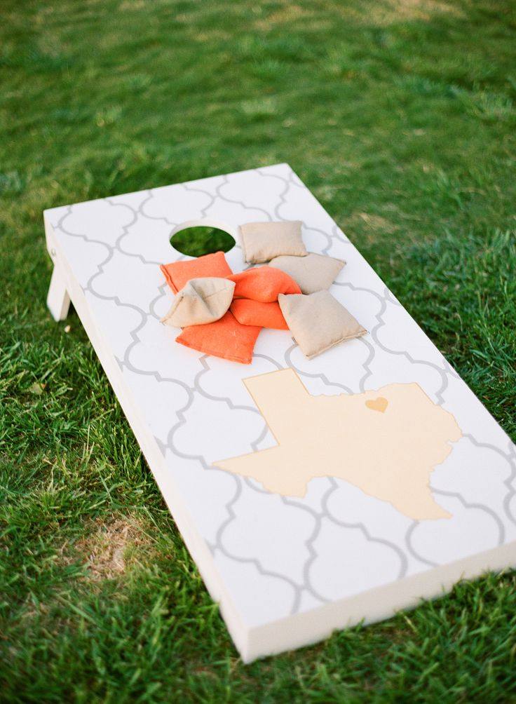 This cornhole design is so cute! Texas chic! | Photo by Taylor Lord Photography