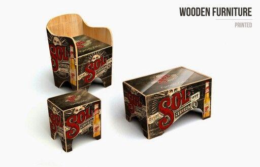 Mobiliario de madera personalizado.