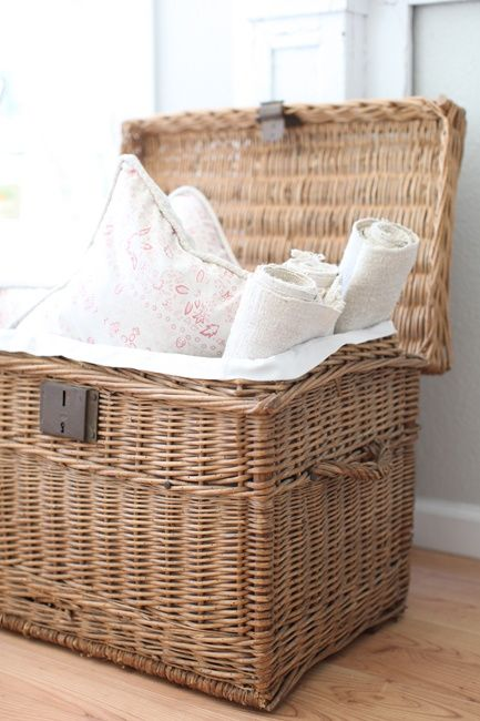 nice, vintage trunk, French | baskets