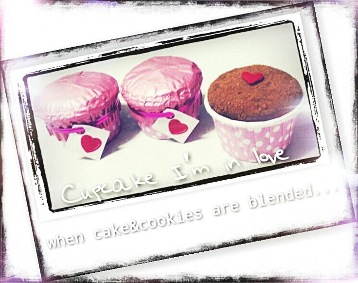 """""""When cake&cookies are blended. .."""" mini cupcakes with various flavors"""