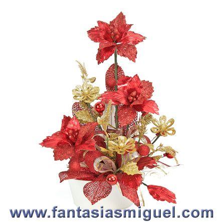 Arreglo de tres nochebuenas rojo oro como hacer - Hacer centros de navidad ...