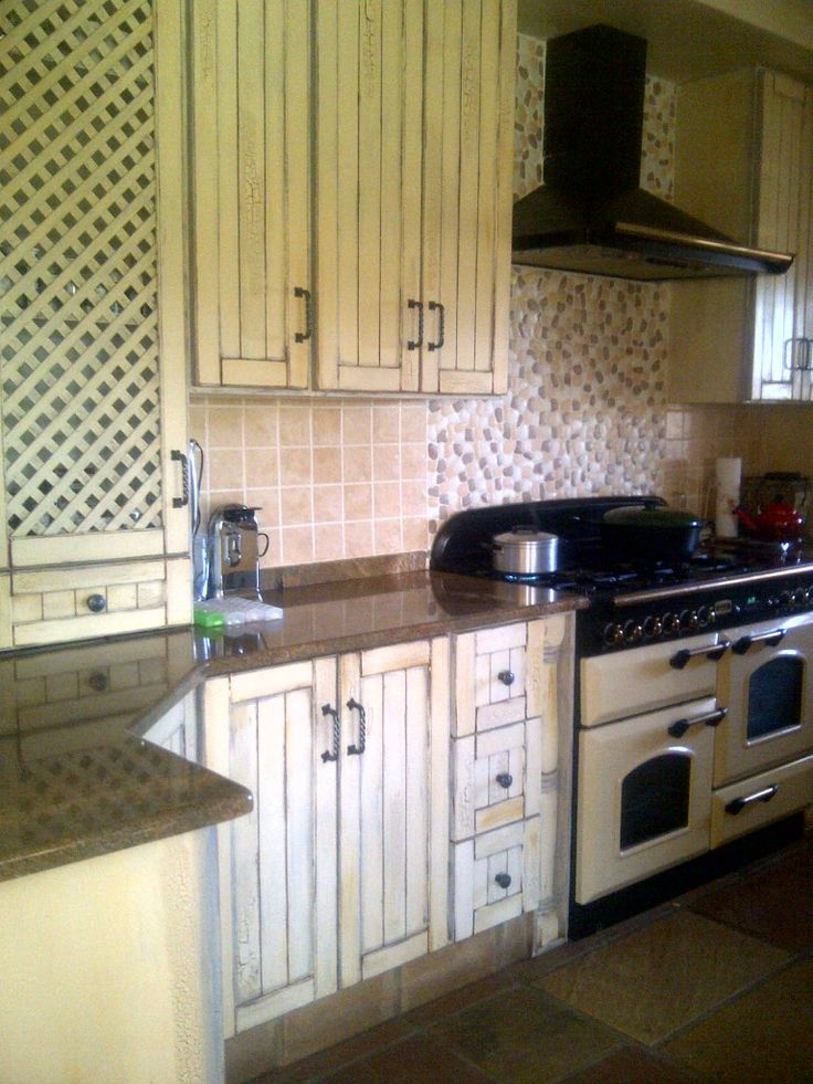 Painted kitchen. Client ZdW.